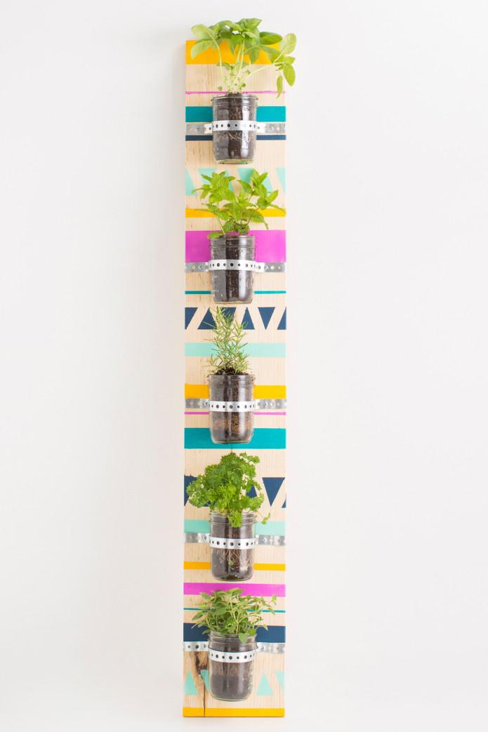 Come realizzare un giardino verticale in poche mosse fai - Giardino verticale in casa ...