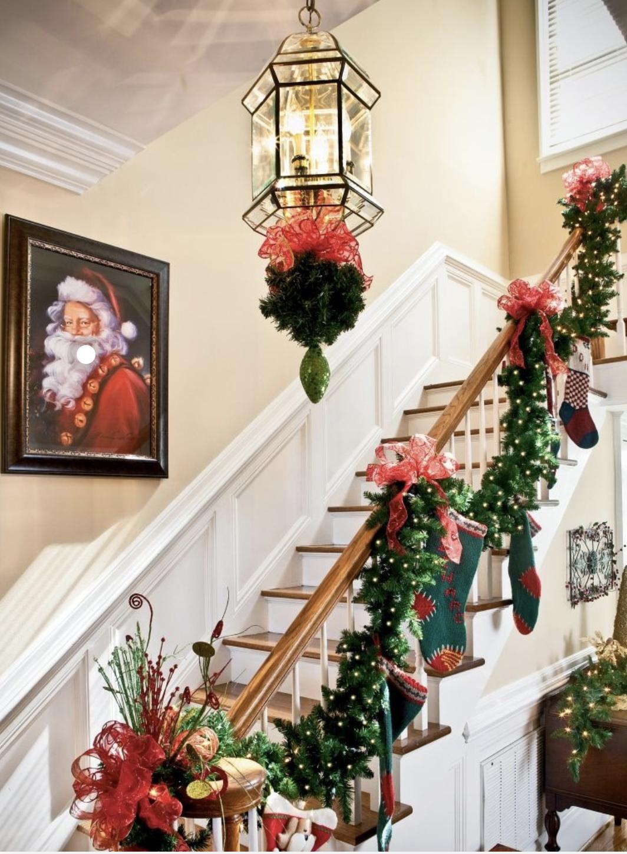 Decorazioni natalizie per la scala interna: 10 idee!