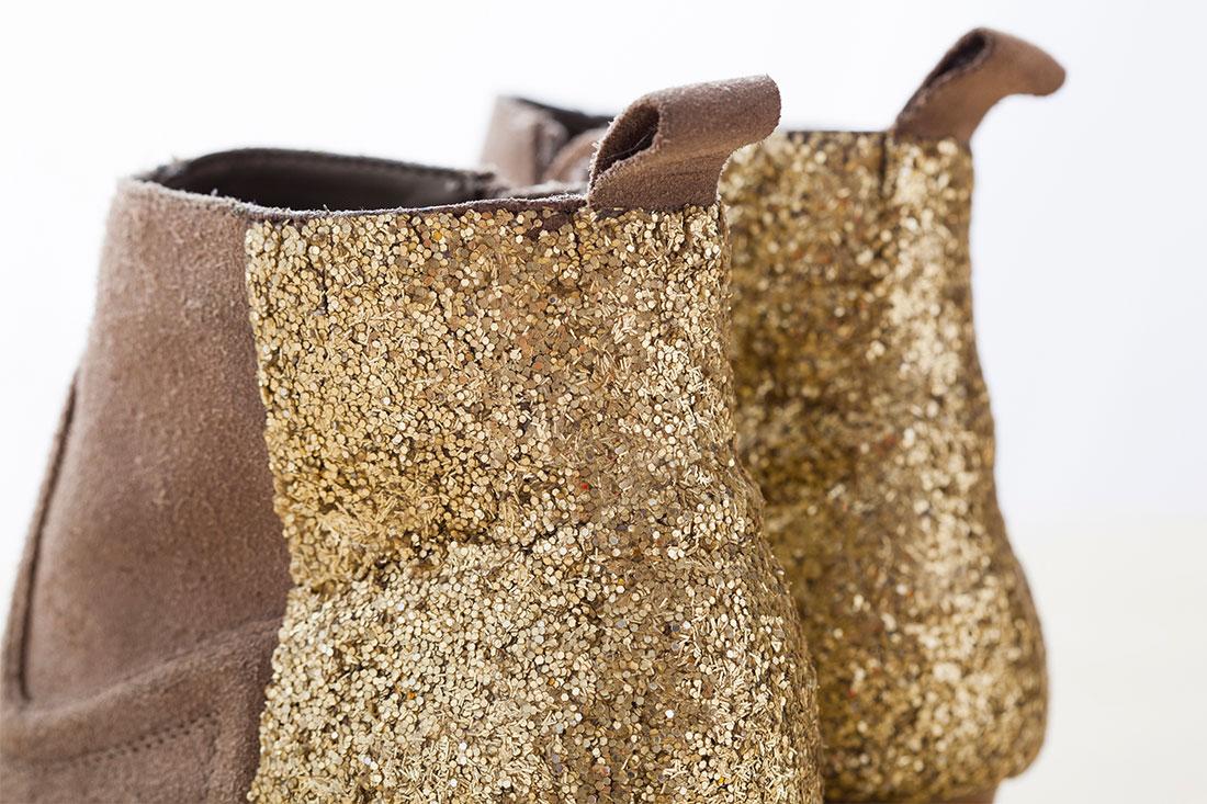 Pareti Glitterate Fai Da Te : Stivali con glitter fai da te creativo