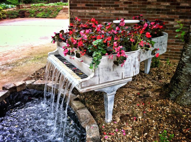 3 modi creativi per riciclare un vecchio pianoforte