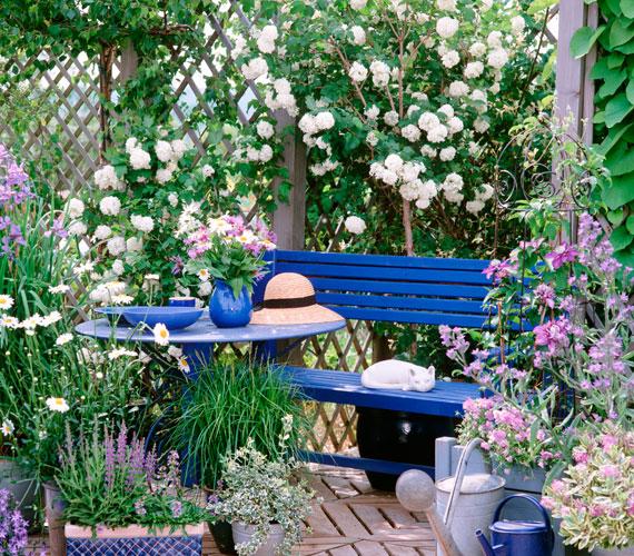 Arredo giardino legno fai da te creativo for Arredo giardino in legno